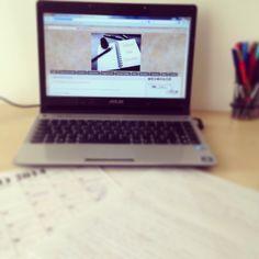 Preparando el post de comunicación de mañana... #ideassoneventos  #ideassoneventos #work #trabajo #ideas #proyectos #blog #todoesfuerzotienesurecompensa #ilusión #esfuerzo #ganas #myblog #ideassoneventoswork #photooftheday #picoftheday