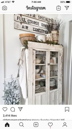 Farmhouse Kitchen Decor Ideas: Great Home Improvement Tips You Should Know! You need to have some knowledge of what to look for and expect from a home improvement job. Praline Recipe, Colonial Mansion, Happy Sunday Friends, Holiday Punch, Farmhouse Kitchen Decor, White Farmhouse, Farmhouse Style, Pie Safe, Ranch Style Homes