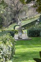 The Bardini Garden is not as famous as the nearby Boboli Garden, but it is more quiet, has a romantic feel and a varied layout.