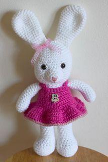 Make It: Dress Up Bunny - Free Crochet Pattern #crochet #amigurumi #ravelry…