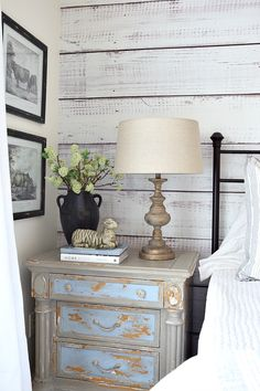 French Farmhouse Bedroom Milk painted nightstand in guest bedroom. French Country Furniture, French Country Bedrooms, French Country Farmhouse, French Country Decorating, Home Bedroom, Bedroom Decor, Painted Night Stands, Savvy Southern Style, Bedroom Night Stands
