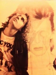 Wayne Coyne of the Flaming Lips & David Bowie as Aladdin Sane. This is more how I remember Wayne. Wayne Coyne, Road Song, Aladdin Sane, Marc Bolan, My Youth, My Rock, Death Metal, Celebs, Celebrities