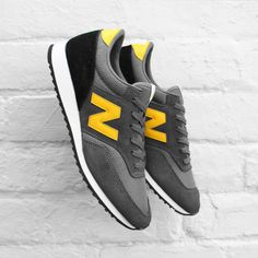 New Balance 620 Sneakers