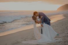 Casamento na praia estilo tropical num final de tarde lindo no Luai Cabanas – Thays