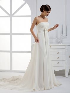 Simple wedding dress ...Absolutely Beautiful