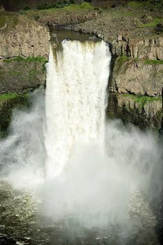 Palouse Falls, Washington, United State ~ @My Travel Manual