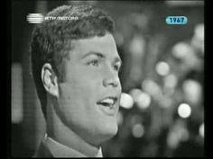 Festival RTP 1967 - Marco Paulo - Sou Tão Feliz - YouTube