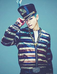 BIGBANG   TOP   SEUNGHYUN   BLU TOP