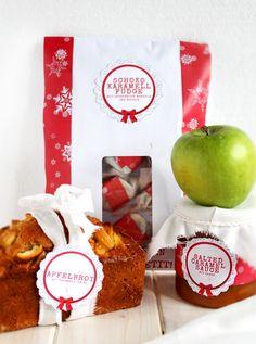 """Es ist soweit! Endlich habe auch ich mich dazu durchgerungen, bei PAMK mitzumachen. PAMK? Das ist die Abkürzung für die großartige Tauschaktion """"Post Aus Meiner Küche"""", bei dem ich die liebe Karin von Lisbeth's Cupcakes und Cookies mit Leckereien aus meiner Küche beglückt habe. Und sie mich. Dieses Mal war das Thema """"Lasst und froh … Best Food Ever, Jingle Bells, Cupcakes, My Best Friend, Christmas Time, Caramel, Munter, I Am Awesome, Good Food"""