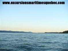 Le meilleur endroit afin d'admirer le coucher du soleil sur la ville de Québec est assurément à bord d'un bateau Zodiac des Excursions Maritimes Québec.   The best place to watch the sunset over the city of Quebec is certainly on a Zodiac boat tours of Excursions Maritimes Quebec.