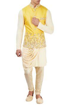Buy Beige kurta set with embroidered jacket by Sarab Khanijou at Aza Fashions Wedding Kurta For Men, Wedding Dresses Men Indian, Wedding Dress Men, Wedding Suits, Wedding Wear, Wedding Groom, Mens Indian Wear, Indian Men Fashion, Red Lehenga