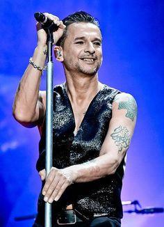 Depeche Mode ...Dave Gahan! He's incredibly hot!