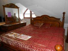 Virginia Bedroom (oak)