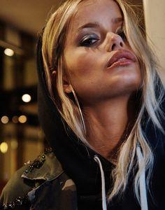 Publication:Factice Magazine. Photography: Fumie Hoppe. Styled by: Seppe Tirabassi.Hair: Maggie Connolly. Makeup: Edward Cruz. Model: Frida Aasenat Women Management.