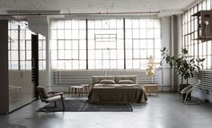 piero lissoni pairs design classics with locally-produced pieces in brooklyn loft