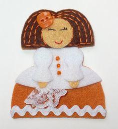 La Caja de Broches: MENINAS primavera 2012 Xmas, Christmas Ornaments, Christmas Pictures, Santa, Madrid, Sewing, Holiday Decor, Prado, Hipster Baby Girls