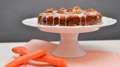 Vláčný mrkvovo-banánový koláč. Jednoduchý a opravdu velká mňamka.  Recept najdete zde: http://www.cookwithlove.cz/2014/02/mrkvovo-bananovy-kolac.html