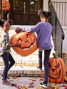 Whether your Halloween style is spooky or sweet, Lowe's has a huge variety of decorations. Halloween Fashion, Halloween 2019, Fall Family, Porch Decorating, Pumpkin Carving, Lowes, Halloween Decorations, Entryway, Holidays