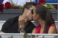 Cristiano Ronaldo y la modelo Irina Shayk se separan - http://www.leanoticias.com/2012/12/31/cristiano-ronaldo-y-la-modelo-irina-shayk-se-separan/