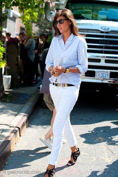 White Pants, White Denim, Emmanuelle Alt Style, Look Fashion, Womens Fashion, Petite Fashion, Curvy Fashion, Fall Fashion, Parisienne Chic