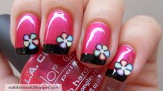 Cute flower nails - pink and black
