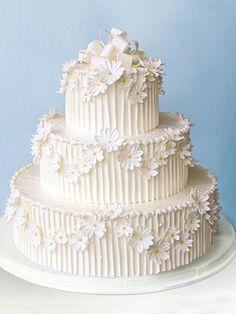 Daisy Chain Wedding Cake