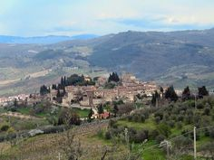 Montefioralle, Tuscany. A great stop along the wine country. Image: wikipedia commons