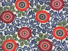 """*Japanpapier KATAZOME - Dekor 15-nu-jyo """"Chrysanthemen""""* Motivgröße Blüten ca.7cm (Bild 2 entspricht der angebotenen Bogengröße)    Es wird hier die h"""