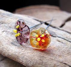 2 Flower Glass Headpins  Spring Lampwork Camomile by NadinArtGlass, $7.00