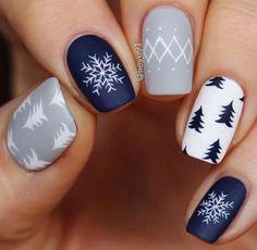 Christmas Gel Nails, Holiday Nails, Easy Christmas Nail Designs, Christmas Nail Stickers, Christmas Hair, Winter Nail Designs, Holiday Makeup, Winter Christmas, Christmas Tree