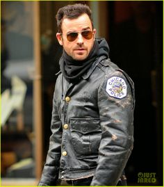 Justin Theroux Stays Warm in Chicago Police Leather Jacket!: Photo Justin Theroux braves the cold in a Chicago Police department leather jacket while going for a stroll on Wednesday (March on Madison Avenue in New York City. Police Jacket, Justin Theroux, Madison Avenue, Men In Uniform, Stay Warm, Canada Goose Jackets, Bomber Jacket, Winter Jackets, Menswear