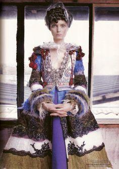Christian Lacroix Haute Couture F/W 2007/08 I L'Officiel Russia October 2007