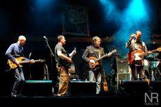 Bela Fleck with an Ian Davidson hybrid Electric Banjo