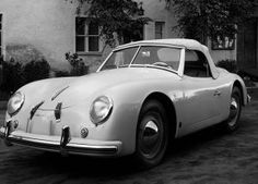 Porsche 356 'America Roadster' Only 21 convertibles, for the United States. This is the direct predecessor of the Speedster. The official name is Typ 540 Porsche Autos, Porsche 356a, Porsche Sports Car, Porsche Models, Us Cars, Sport Cars, Porsche Build, Swiss Cars, Wallpaper Collection