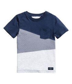 T-shirt - Dark blue/Light grey - Kids Little Boy Fashion, Baby Boy Fashion, Kids Fashion, Tee Shirt Designs, Clothing Labels, Baby Boy Outfits, Boys Dress Outfits, Boys Shirts, T Shirt