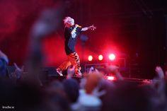 A Die Antwoord hozta a szokásos groteszk cirkuszt és mellé rengeteg jelmezt.
