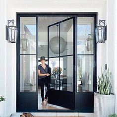 Design Room, Door Design, Exterior Design, Glass House Design, House Window Design, Modern Farmhouse Exterior, Modern Exterior Doors, Exterior Glass Doors, Modern Home Exteriors