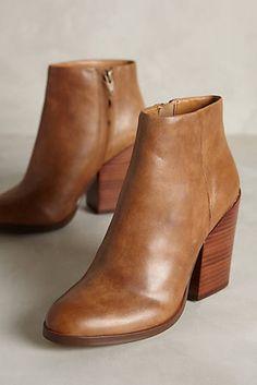 Dolce Vita Marlyn Boots