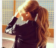 Brigette Bardot pony tail