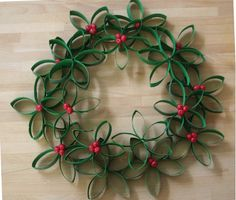 Make unusual Christmas decorations yourself - 42 craft ideas with toilet paper rolls - Weihnachtsbasteln - Christmas Projects, Holiday Crafts, Christmas Crafts, Christmas Decorations, Christmas Ornaments, Handmade Christmas, Christmas Tree, Christmas Ideas, Craft Decorations