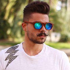 84ef2ed4dc Las 23 mejores imágenes de Señor bigote en 2016 | Moustaches, Bands ...