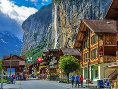 Stunning view of Lauterbrunnen, Switzerland, also called the valley of those 72 waterfalls | 10 Less Famous but worth visiting places on Earth that will amaze you