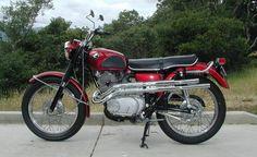 Vintage Honda Motorcycles, Ducati Motorcycles, Cars And Motorcycles, Honda Bikes, Honda Scrambler, Cb750, Cafe Racer Motorcycle, Vespa, Japanese Motorcycle