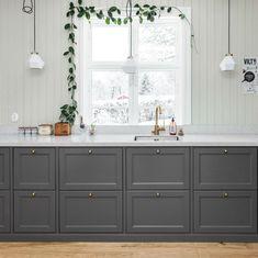 Kitchen Decor, Kitchen Inspirations, Glass Kitchen, Kitchen Dining, New Kitchen, Girls Room Decor, Home Kitchens, Grey Kitchens, Kitchen Color