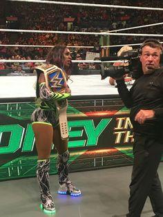 SD Women's Champion Naomi