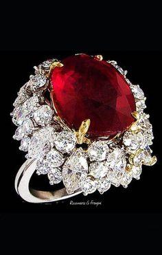 Ruby & Diam beauty bling jewelry fashion - Beauty Bling Jewelry - Another! Red Jewelry, High Jewelry, Bling Jewelry, Fashion Jewelry, Jewellery, Ruby Diamond Rings, Diamond Jewelry, Ruby Rings, Expensive Jewelry