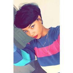 Popping! @xoxojenise #healthyhair #bangs #selfie #shorthair #style ##thecutlife Styled by @lynnetteoden