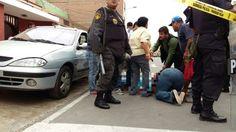 Una balacera se desató esta tarde en la cuadra 2 de la calle Felipe Pinglo, en La Perla, Callao. Mario Casaretto, jefe departamental Lima de los bomberos, confirmó en RPP que hay tres fallecidos, todos con impactos de bala en la cabeza. January 18, 2016.