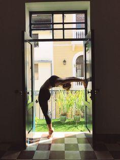 Casco Yoga Panama, Yoga Studio Panama, Casco Viejo, balcony yoga