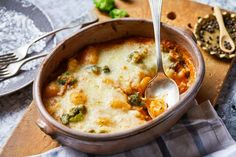 Bolognai gnocchi recept. Válogass a többi fantasztikus recept közül az Okoskonyha online szakácskönyvében!